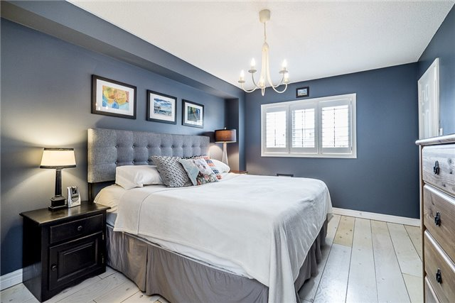 Detached at 2270 Taylorwoods Blvd, Innisfil, Ontario. Image 11