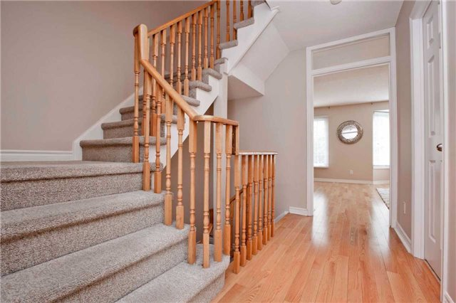 Condo Townhouse at 151 Townsgate Dr, Unit 108, Vaughan, Ontario. Image 20