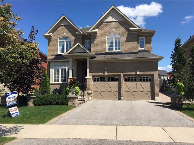 Detached at 13 Vista Dr, Bradford West Gwillimbury, Ontario. Image 1