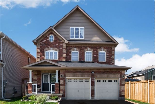 Detached at 1426 Sheldon St, Innisfil, Ontario. Image 1