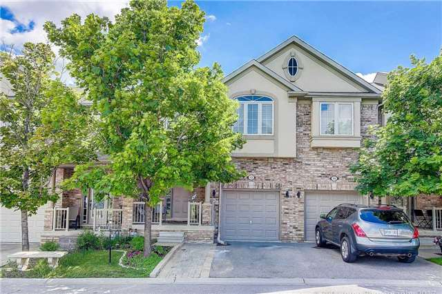 Townhouse at 71 Puccini Dr, Unit 15, Richmond Hill, Ontario. Image 1
