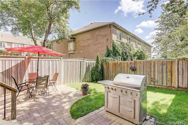 Townhouse at 71 Puccini Dr, Unit 15, Richmond Hill, Ontario. Image 15