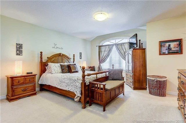 Townhouse at 71 Puccini Dr, Unit 15, Richmond Hill, Ontario. Image 10
