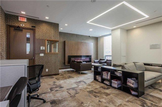 Condo Apartment at 1 Uptown Dr, Unit 1503, Markham, Ontario. Image 3