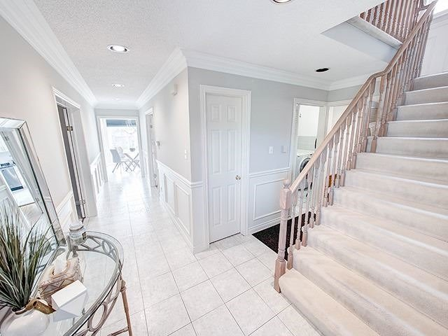 Detached at 108 Brookmill Dr, Vaughan, Ontario. Image 12