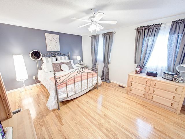 Detached at 108 Brookmill Dr, Vaughan, Ontario. Image 3