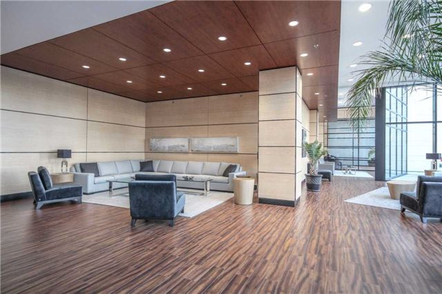 Condo Apartment at 2910 Highway 7 Rd, Unit 417, Vaughan, Ontario. Image 14