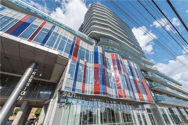 Condo Apartment at 9471 Yonge St, Unit 228, Richmond Hill, Ontario. Image 1