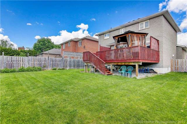 Detached at 1007 Leslie Dr, Innisfil, Ontario. Image 11