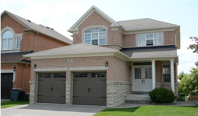 Detached at 105 Barberry Cres, Richmond Hill, Ontario. Image 1