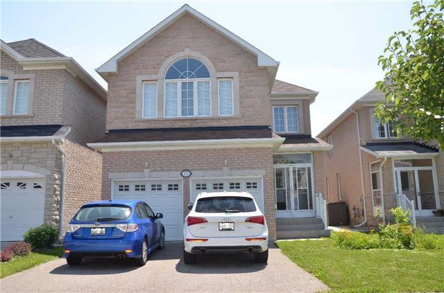 Detached at 110 Martini Dr, Richmond Hill, Ontario. Image 1
