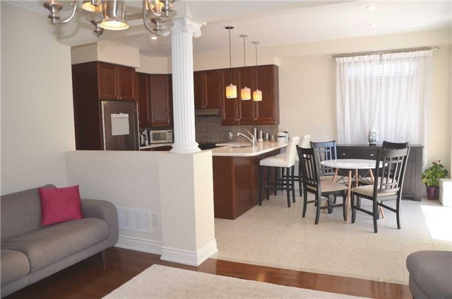 Detached at 110 Martini Dr, Richmond Hill, Ontario. Image 15