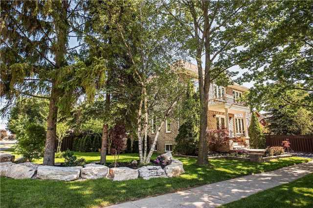 Detached at 221 Regent St, Richmond Hill, Ontario. Image 12