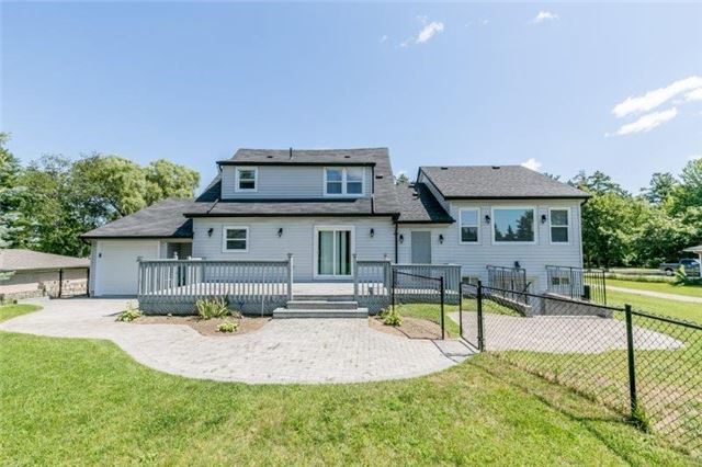 Detached at 126 Sand Rd, East Gwillimbury, Ontario. Image 3