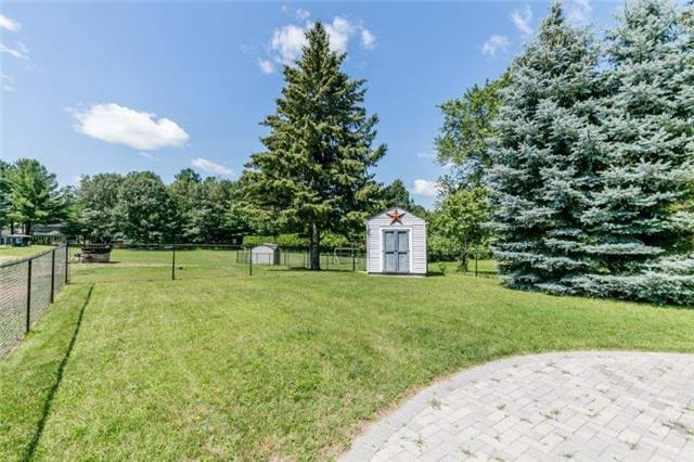 Detached at 126 Sand Rd, East Gwillimbury, Ontario. Image 5