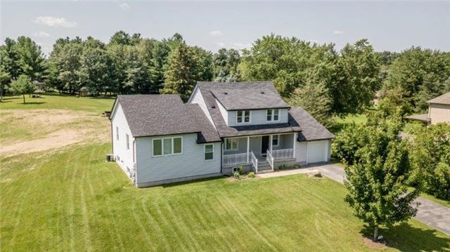 Detached at 126 Sand Rd, East Gwillimbury, Ontario. Image 6