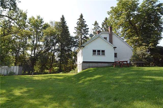 Detached at 12767 Dufferin St, King, Ontario. Image 10