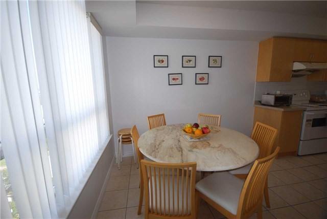 Condo Apartment at 9015 Leslie St, Unit 816, Richmond Hill, Ontario. Image 10