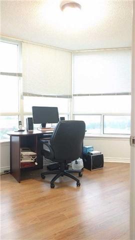 Condo Apartment at 9015 Leslie St, Unit 816, Richmond Hill, Ontario. Image 11