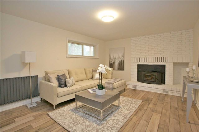 Detached at 14668 Ninth Line, Whitchurch-Stouffville, Ontario. Image 2