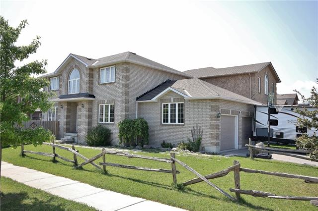 Detached at 1295 Corm St, Innisfil, Ontario. Image 1