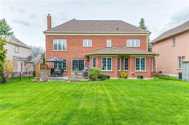 Detached at 990 Stonehaven Ave, Newmarket, Ontario. Image 13