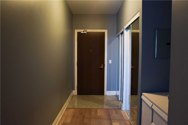 Condo Apartment at 2900 Highway 7 Ave, Unit 521, Vaughan, Ontario. Image 16