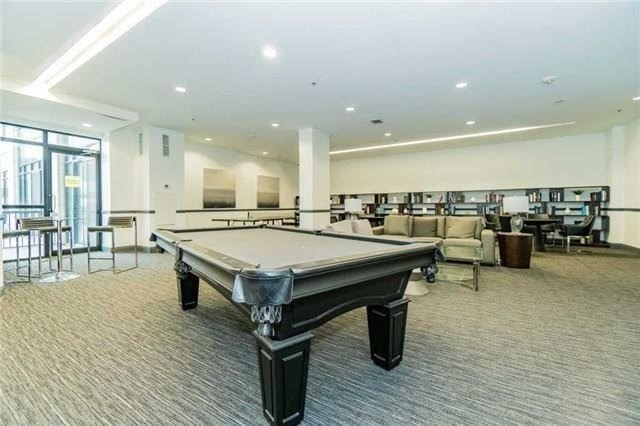 Condo Apartment at 2900 Highway 7 Ave, Unit 521, Vaughan, Ontario. Image 11
