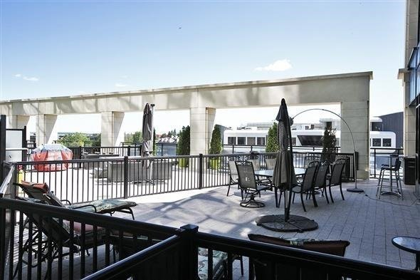 Condo Apartment at 2900 Highway 7 Ave, Unit 521, Vaughan, Ontario. Image 13