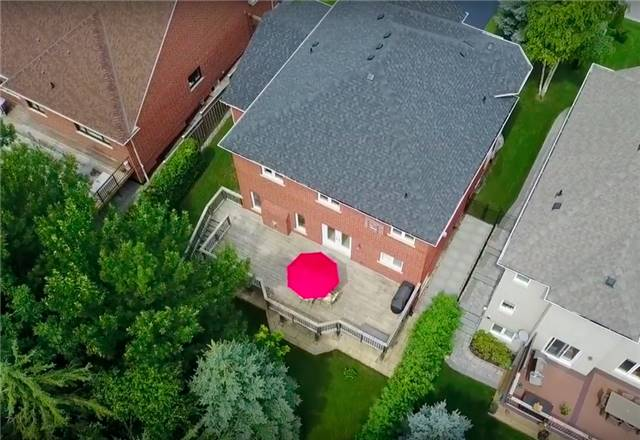 Detached at 886 Best Circ, Newmarket, Ontario. Image 14
