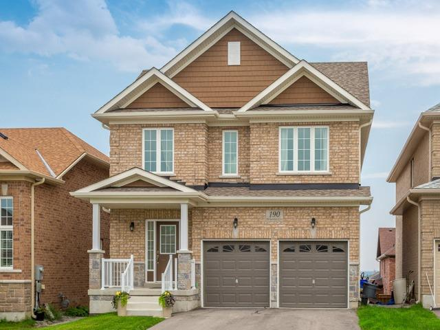 Detached at 190 Richardson Cres, Bradford West Gwillimbury, Ontario. Image 1