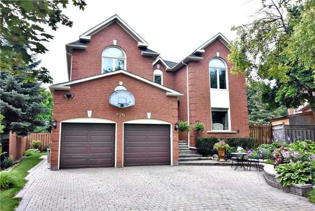 Detached at 476 Doyle Crt, Newmarket, Ontario. Image 1