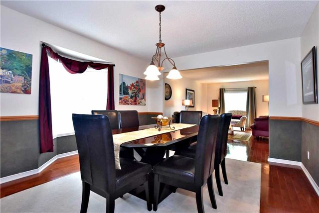 Detached at 476 Doyle Crt, Newmarket, Ontario. Image 15