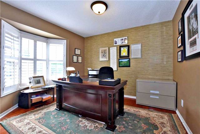 Detached at 476 Doyle Crt, Newmarket, Ontario. Image 19