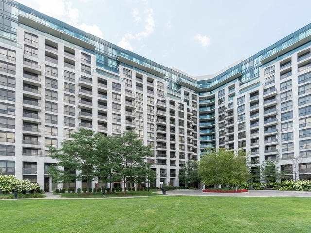 Condo Apartment at 18 Harding Blvd, Unit 208, Richmond Hill, Ontario. Image 1