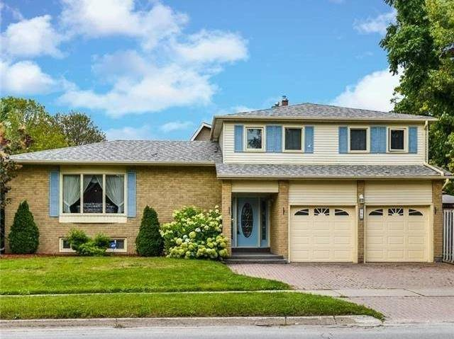 Detached at 366 London Rd, Newmarket, Ontario. Image 1