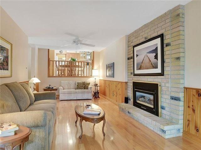 Detached at 366 London Rd, Newmarket, Ontario. Image 15
