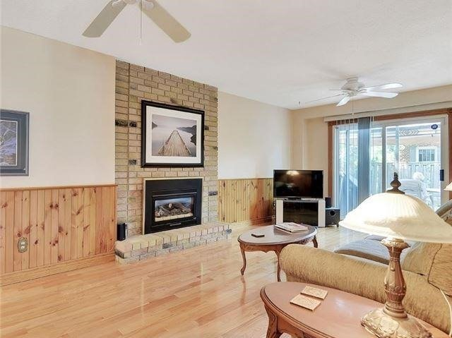 Detached at 366 London Rd, Newmarket, Ontario. Image 16