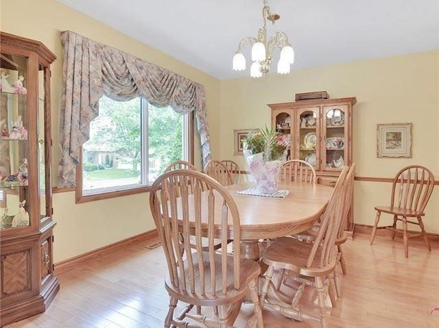 Detached at 366 London Rd, Newmarket, Ontario. Image 19