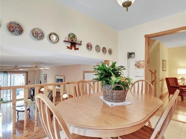 Detached at 366 London Rd, Newmarket, Ontario. Image 3