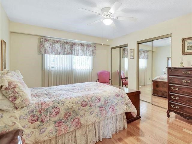 Detached at 366 London Rd, Newmarket, Ontario. Image 5