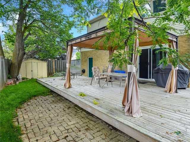 Detached at 366 London Rd, Newmarket, Ontario. Image 10