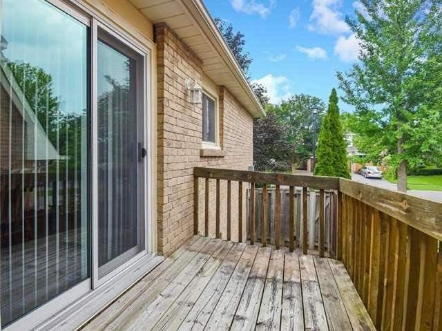 Detached at 366 London Rd, Newmarket, Ontario. Image 11