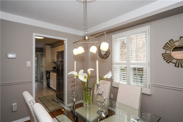 Detached at 22 Bayel Cres, Richmond Hill, Ontario. Image 10