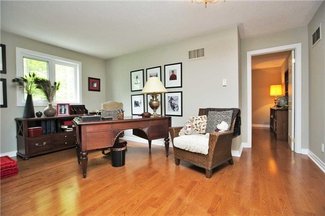 Detached at 13903 Warden Ave, Whitchurch-Stouffville, Ontario. Image 20