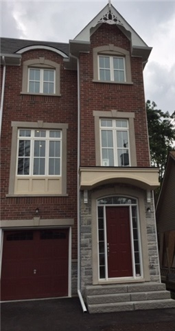 Semi-detached at 51 Hall St, Richmond Hill, Ontario. Image 1
