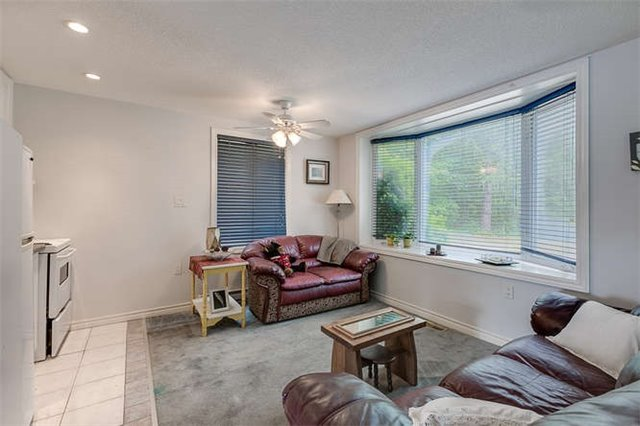 Detached at 16448 Mccowan Rd, Whitchurch-Stouffville, Ontario. Image 6