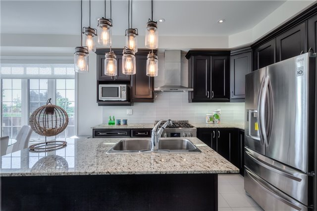 Link at 84 Living Cres, Markham, Ontario. Image 16