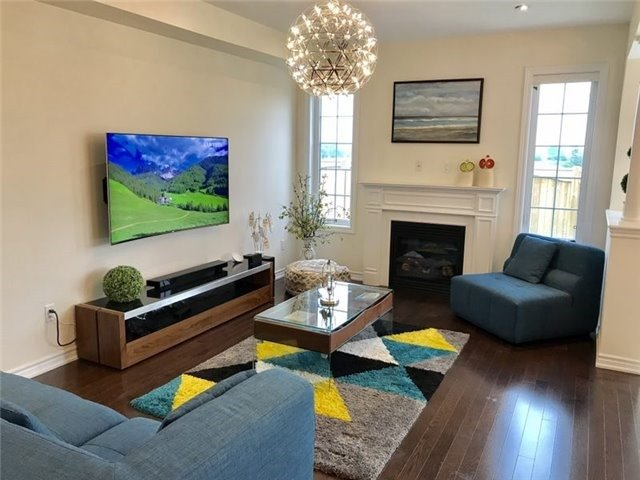 Link at 84 Living Cres, Markham, Ontario. Image 20