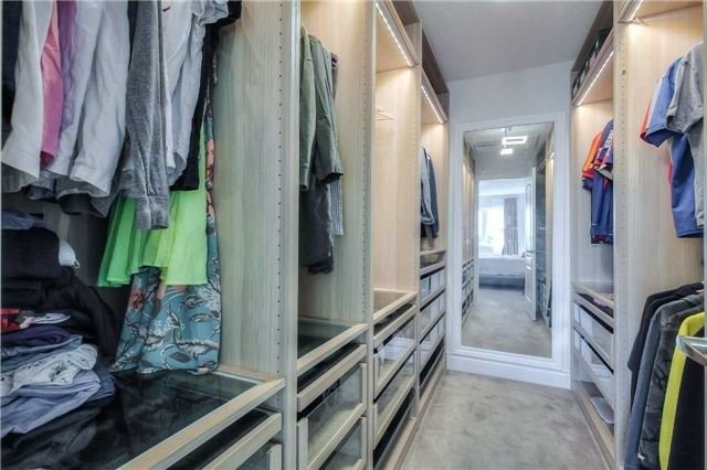 Link at 84 Living Cres, Markham, Ontario. Image 5